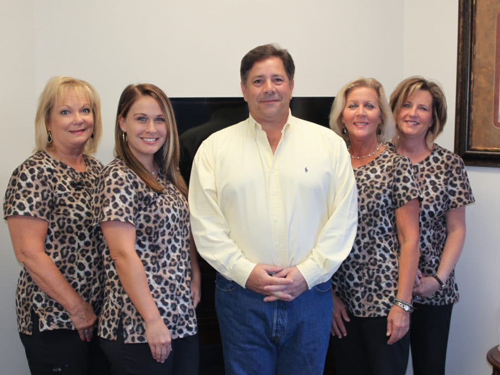 Family Dentistry - Robert B. Guttry DDS - Longview TX